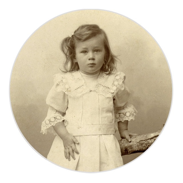 ideas for mothers day pictures - childhood picture